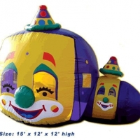 clown-balloon-typhoon